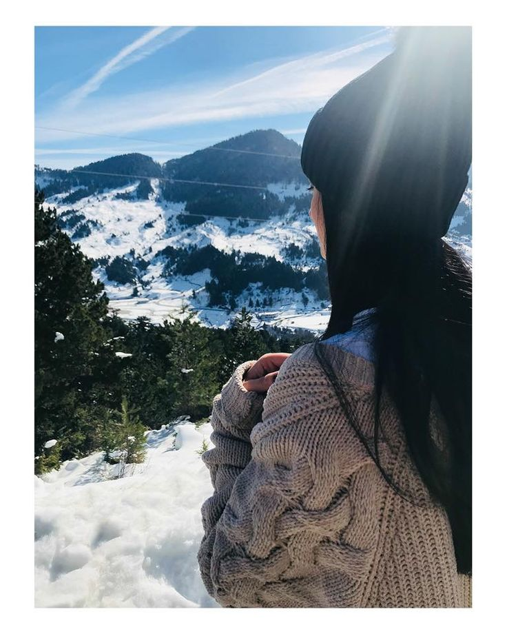 Beautiful Maria Alexandridou spotted with our pom pom beanie along with our oversized knitted cardigan. Get yours now online! #modaboomofficial #modaboom #fashion #woman #style #shoponline #boomyourworld www.modaboom.com
