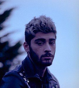 "zayn as skies na Twitterze: ""https://t.co/DXH1xxdUC2"""