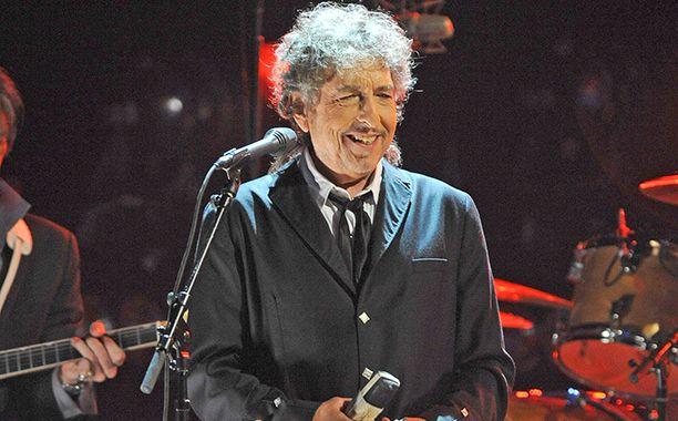 Bob Dylan details 'Fallen Angels' shares 'Melancholy Mood' | EW.com