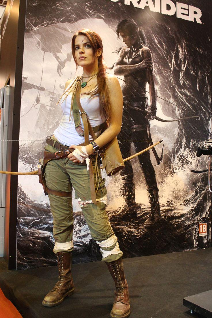 Character: Lara Croft. Version: Classic. Videogame: Tomb Raider Reborn. Cosplayer: Lili Dîn (France). Event: Paris Games Week 2012.