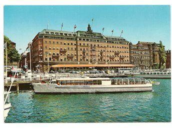 Vykort stockholm grand hotell båt i bild delfin I