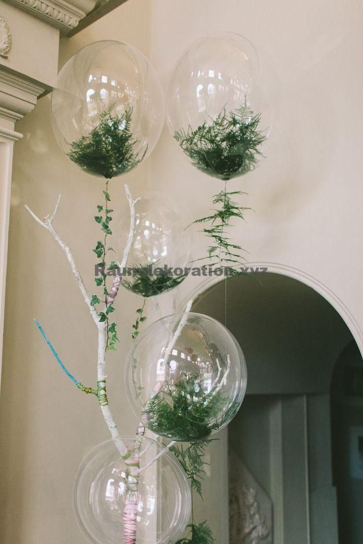 Wedding table decorations - Transparent balloons filled with confetti cause a sensation in the decoration