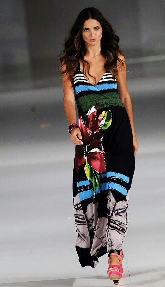 Modelos brasileña Adriana Lima
