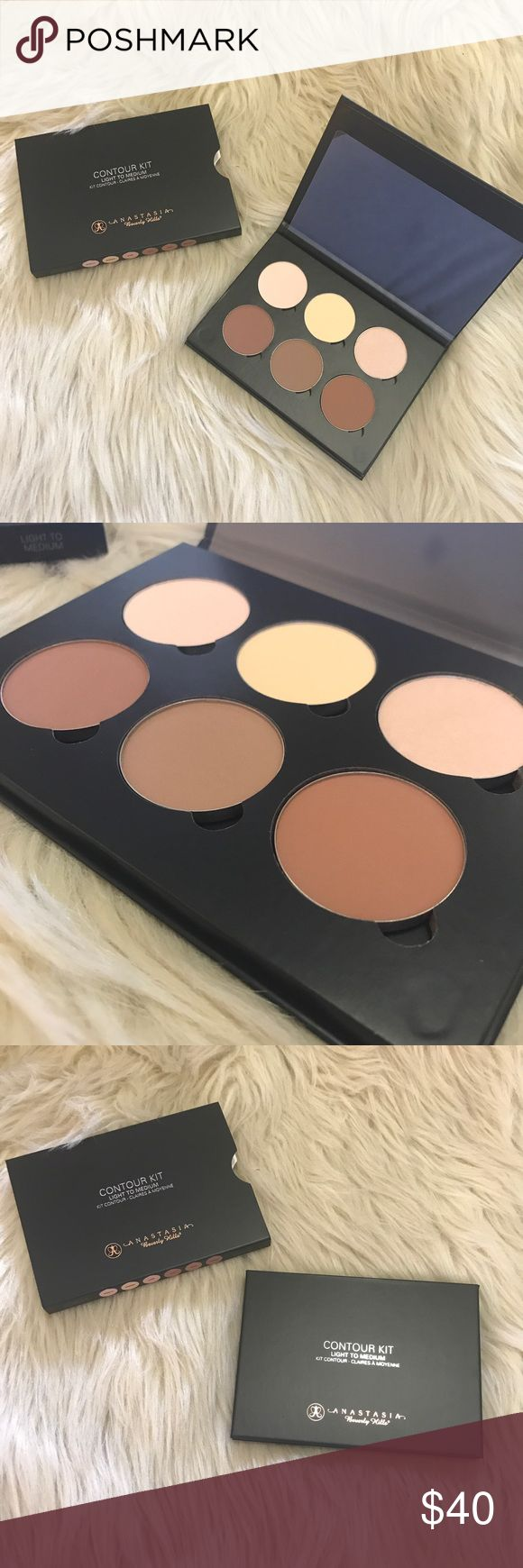 NIB Anastasia Beverly Hills contour kit light-med BRAND NEW IN BOX! NEVER USED OR opened! 100% AUTHENTIC! FULL SIZE!  🎀 Anastasia Beverly Hills Makeup Face Powder