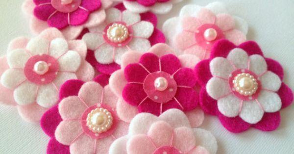 flores de feltro | Fomi, fieltro y mucho mas | Pinterest | Handmade Felt, Felt Flowers and Embellishments