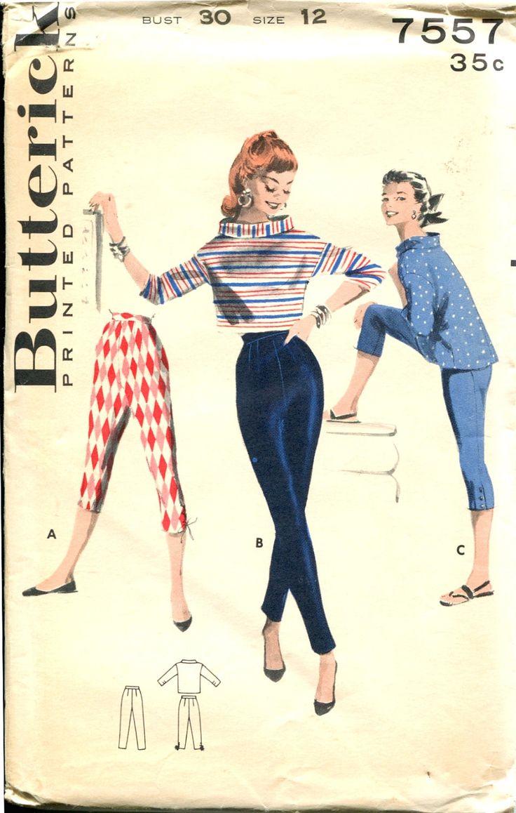Anos 50: jeans e camiseta. A popularização da camiseta veio com os militares e depois com o pós-guerra, quando se tornou junto com o jeans, o Look da juventude transviada.