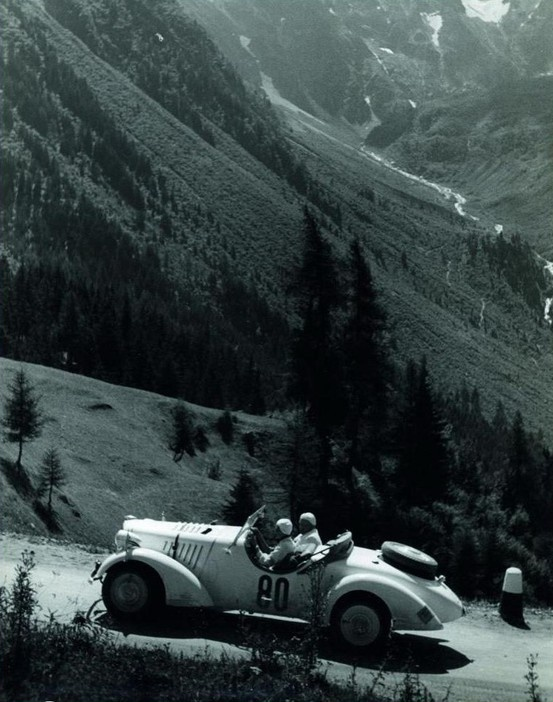 1930s Car Rally - Photo by Paul Wolff, and Alfred Tritschler
