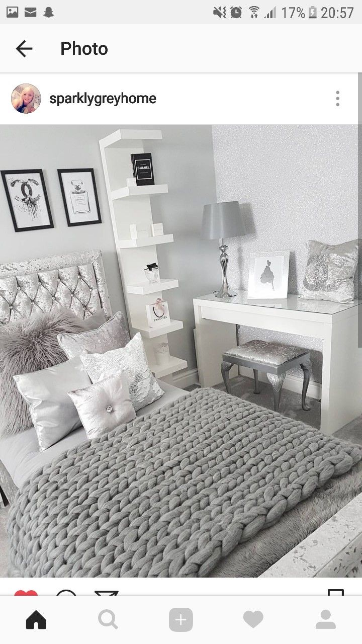 That shelf for closet side of guest bed.