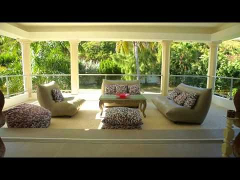 VillaMatch Villas La Perla Estate: your perfect villa, your perfect match - YouTube