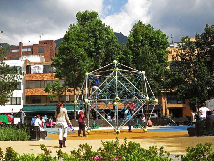 10. El Parque ahora tiene zona de juegos para niños.
