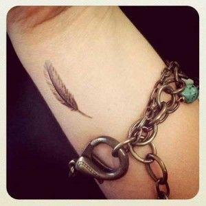 tatuagens de pena