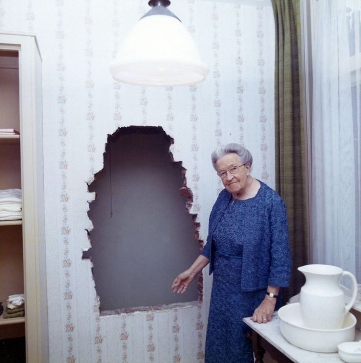 Hiding Places Bo2: 363 Best Images About *Corrie Ten Boom On Pinterest