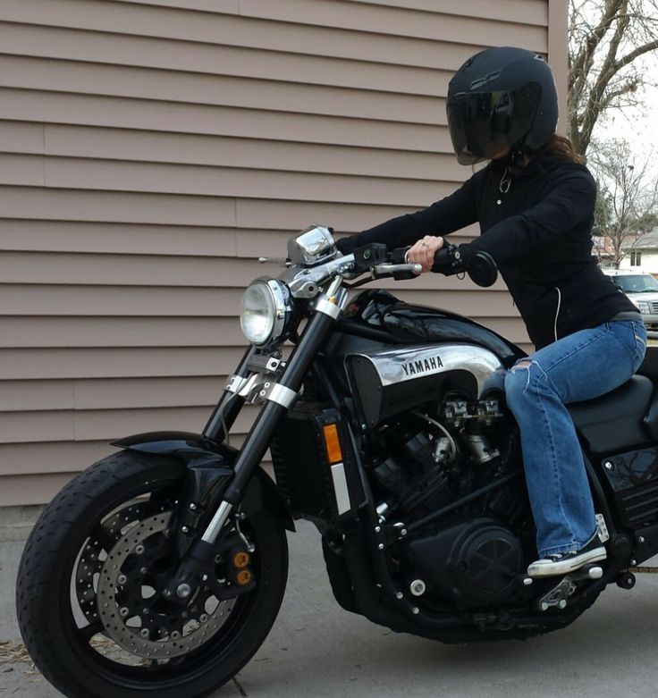 yamaha vmax 1200 catch me if you can moto pinterest. Black Bedroom Furniture Sets. Home Design Ideas