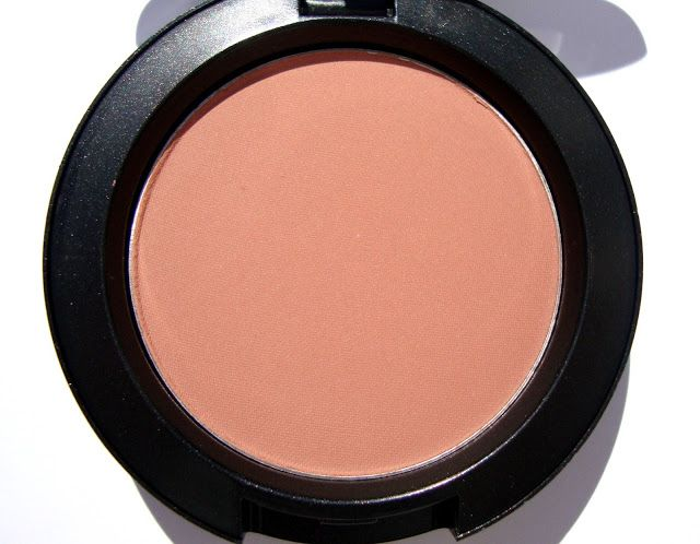 MAC Blush in a Gingerly- love this terra cotta color, one of my blush staples