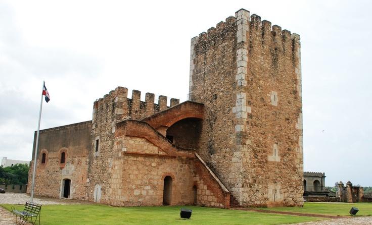 La Fortaleza Ozama es uno de los Monumentos Culturales históricos de la la ciudad de Santo Domingo, en la República Dominicana. También es uno de los monumentos construidos por los españoles durante la época colonial o de la conquista y colonización. Hoy es considerado como Patrimonio de la Humanidad, junto a los otros monumentos de la Zona Colonial.
