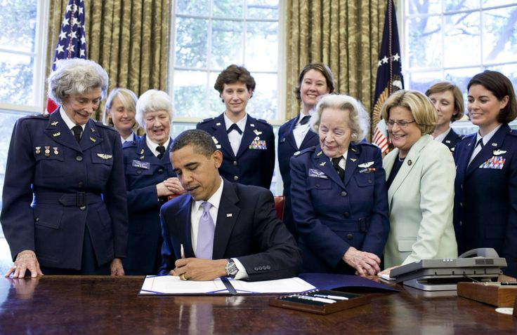 "The activists used a <a href=""https://commons.wikimedia.org/wiki/Category:Barack_Obama_with_military_people#/media/File:WASP_Congressional_Gold_Medal.jpg"" target=""_blank"">picture from 2009</a> that depicts Barack Obama surrounded by the <a href=""http://www.npr.org/2010/03/09/123773525/female-wwii-pilots-the-original-fly-girls"" target=""_blank"">""WASPs""</a>, a group of women fighter pilots from World War II, to whom he was awarding the Congressional Gold Medal."