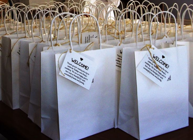 Gift Ideas For Wedding Guests At Hotel: Best 25+ Hotel Welcome Bags Ideas On Pinterest