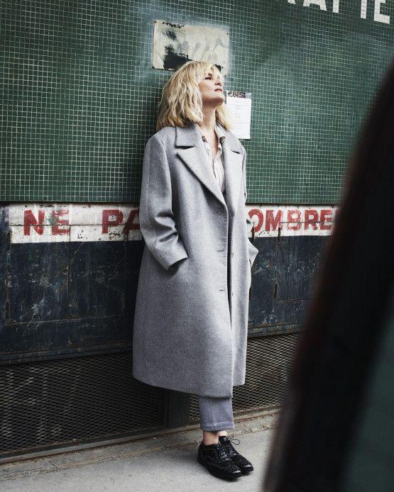 Emmanuelle Seigner dans la série mode du magazine de Net-à-porter | DailyELLE