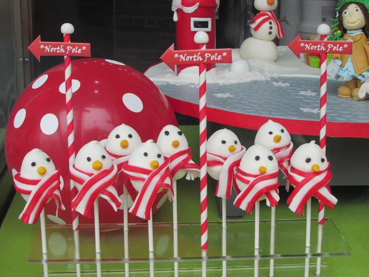 A letter to Santa  - marshmallows pops - Cake Design shop window display | Arte&Bolos, rua 5 de Outubro, Funchal