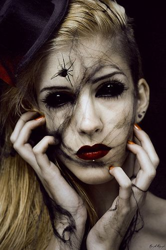 Strangulation - La Veuve Noire | par Megan Glc Photographe
