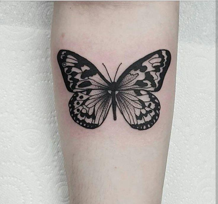 Amava desenhar borboletas  quando criança