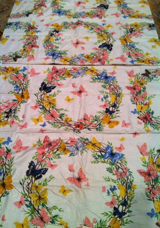 VINTAGE 1960s STROHEIM & ROMANN ENGLISH FABRIC 3 YDS COTTON BUTTERFLY RINGS PINK