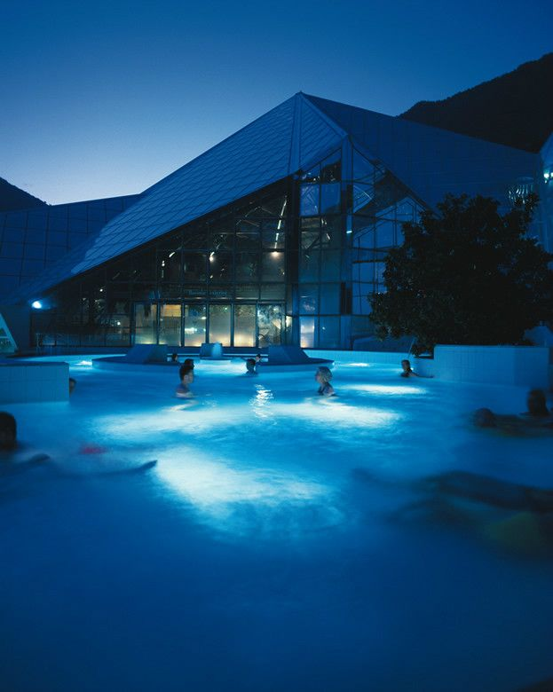 Remember, a visit to the magnificent spas of Caldea is included in the Netball Ski Party package