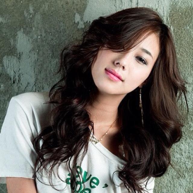 Asian poses cute