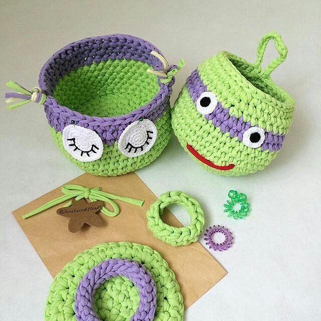 Ninja Kaplumbağaları hatırlayan var mı? ☺ #amigurumi#sepet #organik#penyeip #orguhaneofficial#örgü#örgüoyuncak#motif#örnek#knit#knitting#crochet#crocheting#baby#hediye#tasarım#aksesuar#gezi#doğa#seyahat#handmade#elişi#örgühane#tarif#model#bebek#yarn#toys http://turkrazzi.com/ipost/1515245058885314762/?code=BUHO1pahmjK
