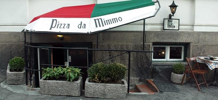 PIZZA DA MIMMO - Pizza. Nydelig kjellerrestaurant med pizza i fokus - og da mener jeg skikkelig pizza! Har du ikke vært her, så bør det settes høyt på prioriteringslista. Kan være vanskelig å få bord, så ordne dette i god tid