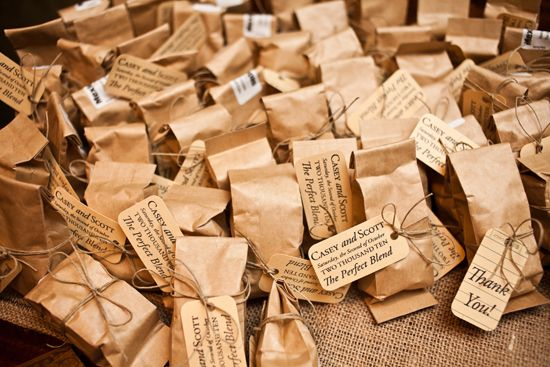 coffee favors: Party Favors, Brown Paper Bags, Weddings Favors, Brown Bags, Coffee Favors, Favors Idea, Showers Favors, Coff Grind, Bridal Showers Coff Favors
