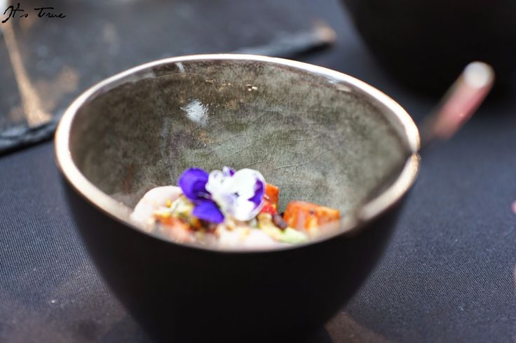 I don't even know what it is but this is just gorgeous presentation of some #food!  #foodie #dish #bowls