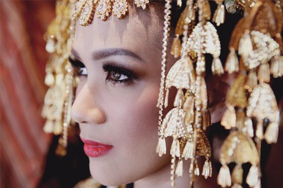 Minang Bride by Marlene Hariman - www.thebridedept.com