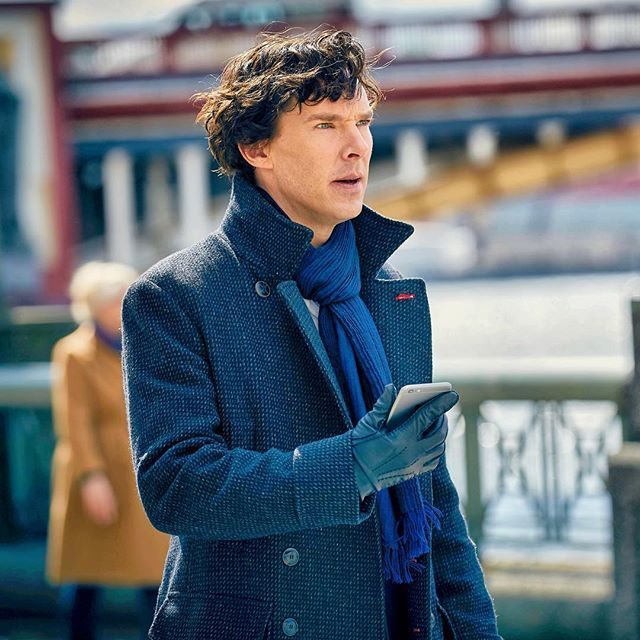 Hmmm, since Sherlock's on his phone a lot on the 1st episode of season 4 (The Six Thatchers) there's speculation swirling around about the possibility that he'll live tweet the episode. That will be so cool! And meta!  #sherlock #sherlockseason4 #thesixthatchers #benedictcumberbatch
