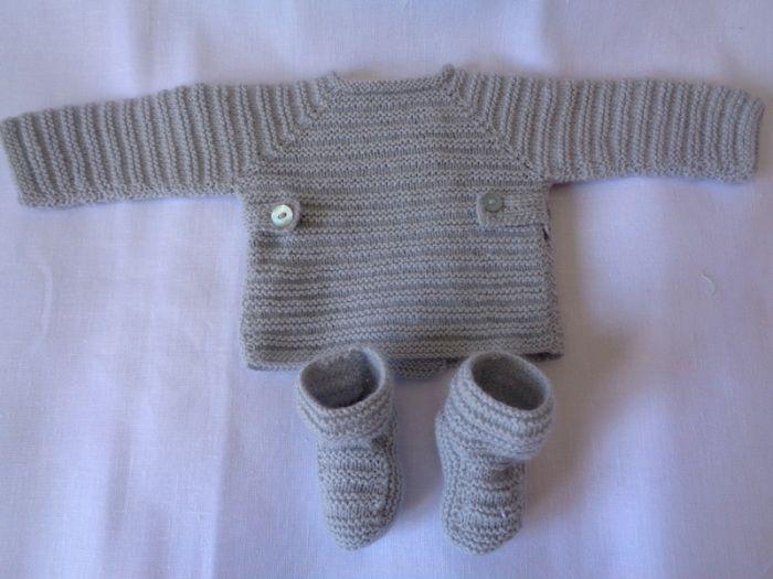 conjunto de bebé de jersey y patucos en lana gris hecho a mano #handmade