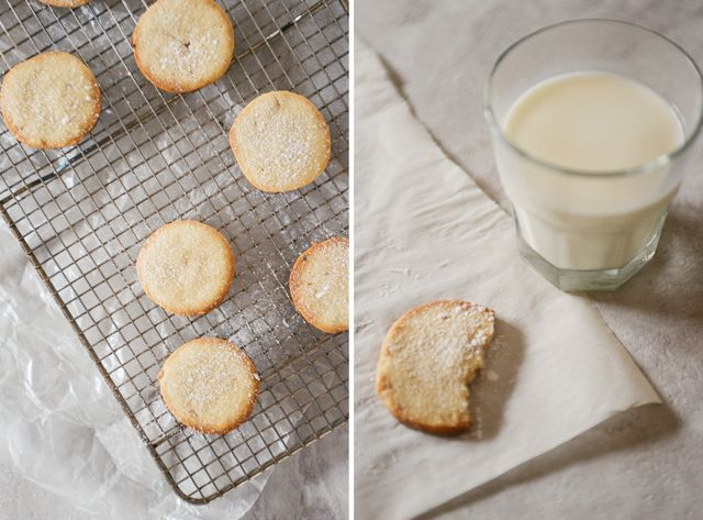 Have a few minutes to whip up dough but not enough time to bake them right away? These Danish Vanilla Cookies are easy to make in advance and store in the fridge until you're in need of freshly-baked cookies. | Recipe at Outside Oslo.
