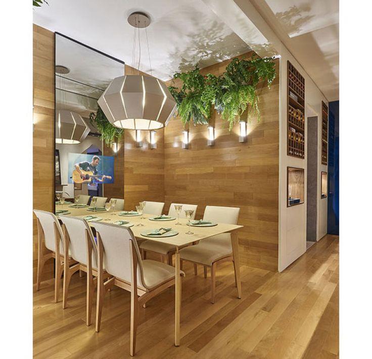 De Laura Santos, a Sala de Jantar e Adega foi exposta na Casa Cor Minas Gerais 2015
