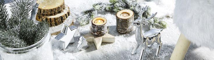 X-Mas Entdecke jetzt die Weihnachtstrends 2017 in unserer X-Mas-Kategorie. Hier findest du von Christbaumschmuck, über Lichtelemente und Kerzen alles was du brauchst, um deine vier Wände zum Winter-Wunderland zu machen.
