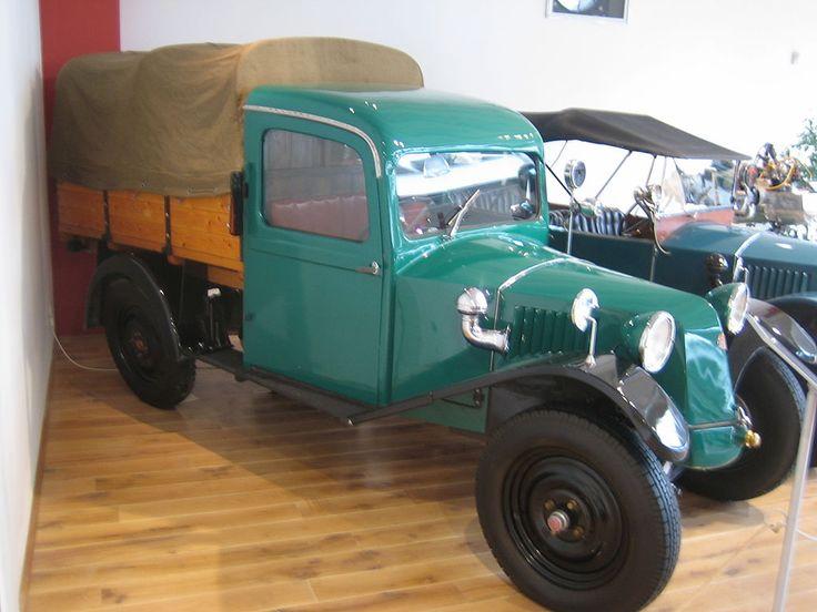 Tatra 12 Pickup