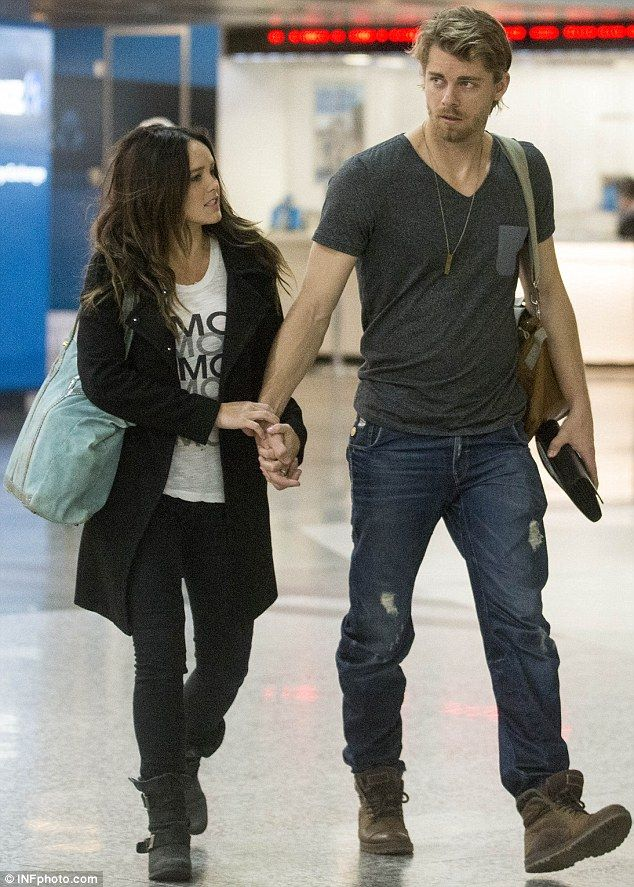 LA bound: The Tomorrow People star Luke Mitchell and his wife Rebecca Breeds .. http://dailym.ai/S3P84O#i-5f400d52