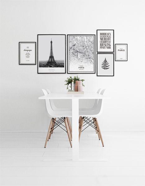 Tavelvägg i kök. Posters och prints med citat, Paris Eiffeltornet, Paris karta tavla.