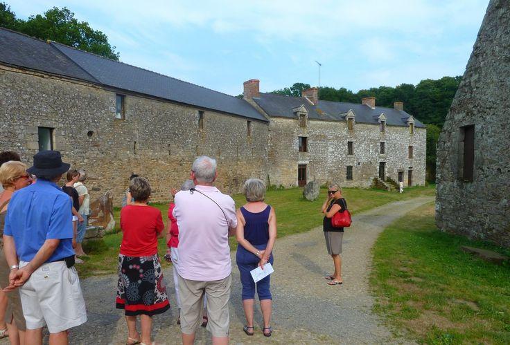 Cour de Coueguel à Péaule dans le Morbihan (Bretagne)