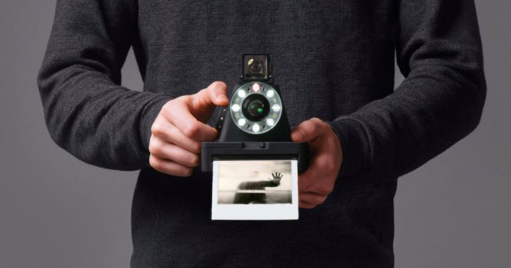 La Impossible I-1 es la primera nueva cámara Polaroid en años | Microsiervos (Fotografía)