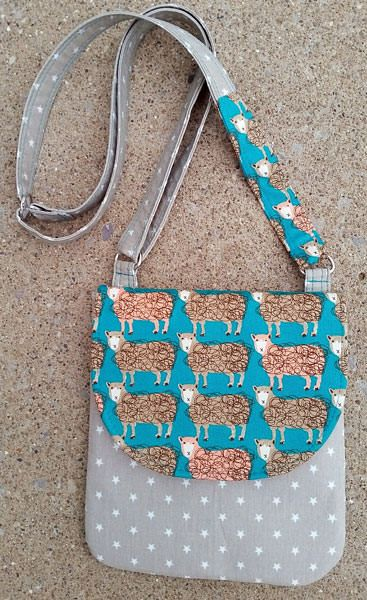 Polly Cross Body Pouch - Free pattern by Andrie Designs bag patterns  Paper and PDF bag patterns