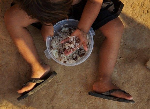 Médico voluntário em aldeias indígenas, João Paulo Botelho Veira Filho explica as causas da elevada taxa de mortalidade na infância entre os indígenas do Mato Grosso