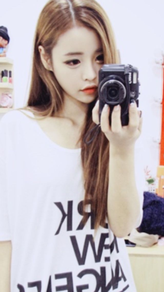 # Ulzzang # Girl # Large Eyes # Long Hair