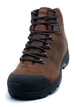 http://www.breakingfree.co.uk/product/Brasher_Brasher-Fellmaster-GTX-Mens-Walking-Boots_66_0_11_0.html The Brasher Fellmaster is a  modern, lightweight, tough and durable men's leather hill walking boot.  Offering a waterproof and breathable lining, superb underfoot grip and memory foam for comfort, designed to deliver performance out in the hills all day long.  The Brasher Fellmaster is a great boot for activities such as the Duke of Edinburgh Award Scheme.