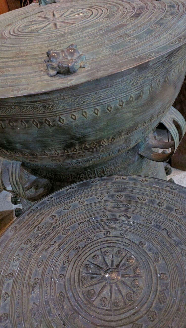 Bronze Moko, drum shaped artifacts that have been found throughout South East Asia including Bali. These high quality reproductions are often used as side tables. www.kulukgallery.com