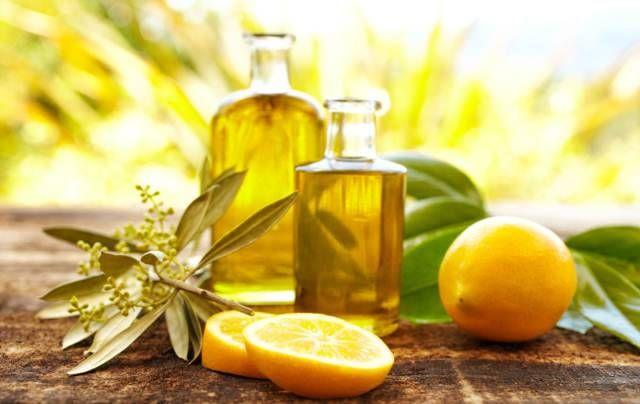 Elisir A Base Di Olio D Oliva E Succo Di Limone Ecco Perche Fa Bene Nel 2020 Olio Essenziale Succhi Olio