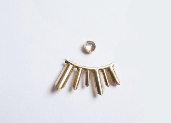 Gold und Mondstein Ohrring-Wrap von GemBlue auf Etsy
